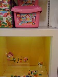 """""""girly"""" pink legos"""